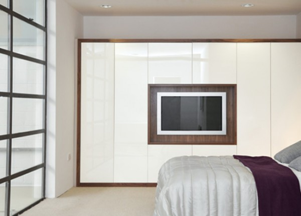 fitted-wardrobes-with-built-in-tv